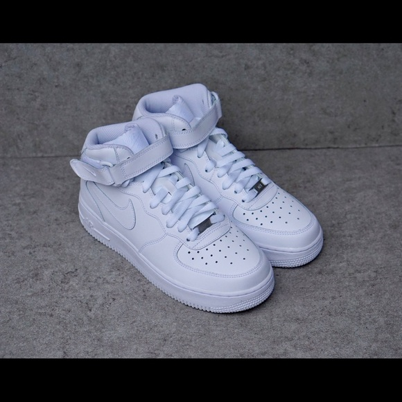 29e9c43a353d0 Nike Shoes | Air Force 1 Mid Kids Size 6y Womens Size 75 | Poshmark